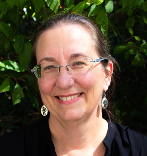 Mary-S.-Linn-Curator-of-the-Smithsonian-Institution-DataEthics4All-PET4Youth-Speaker